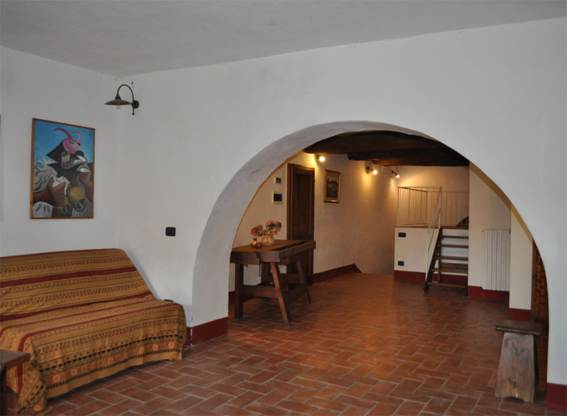 romantic holiday apartment in the old center of Siena with ...
